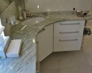 Marmor-Waschtischanlage