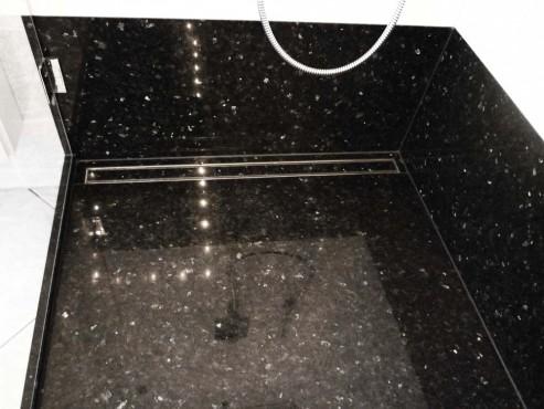 Granit-Duschboden