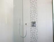 Offene, ebenerdige Duschanlage - Walters Traumbäder