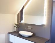 Maßgerfertige minimalistische Badmöbel