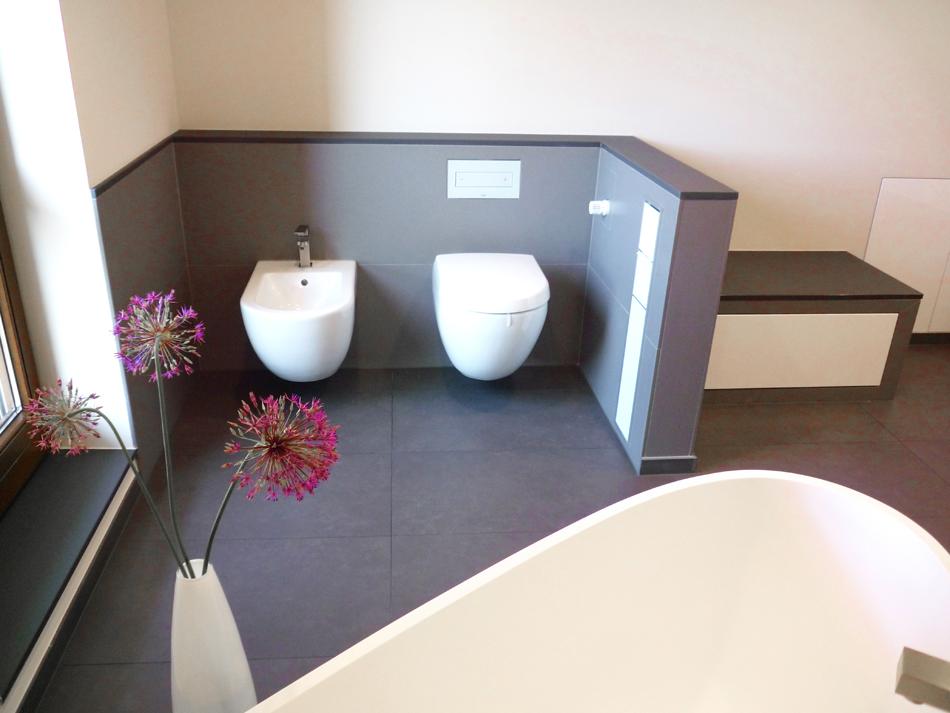 Badmöbel Planung Maßgerfertige Minimalistische Badmöbel Sitzbank Mit  Stauraum