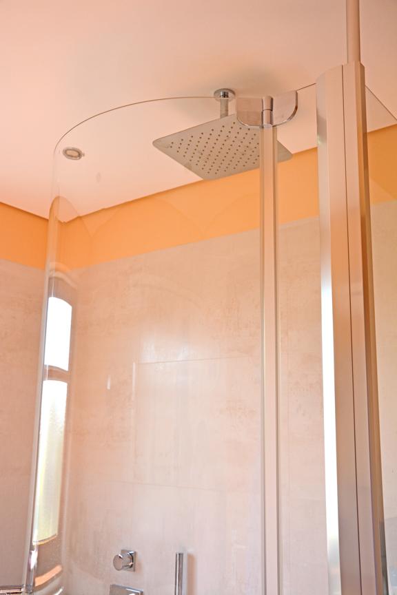 duo duschen und baden in einem walters traumb der. Black Bedroom Furniture Sets. Home Design Ideas